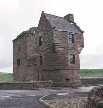 Travels in scotland castles and towers burleigh castle for Small castle house